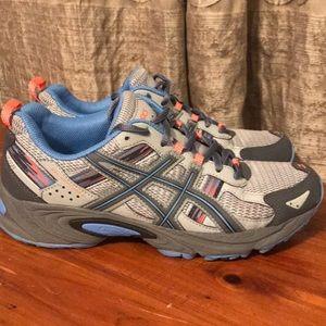 Women's ASICS tennis shoes